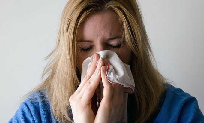 Среди побочных эффектов от прием препарата числится аллергический ринит