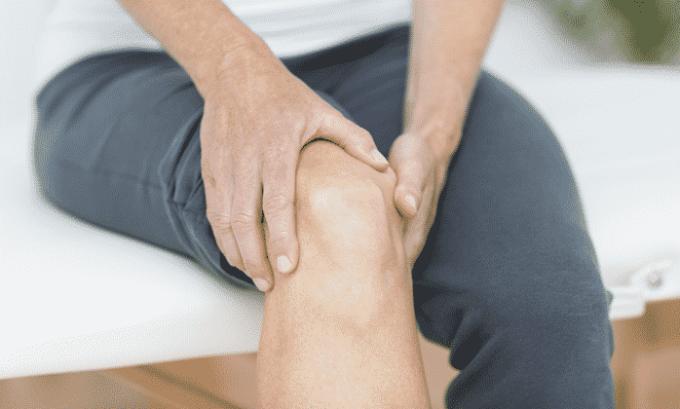 В качестве побочного эффекта от приема препарата может проявляться боль в суставах