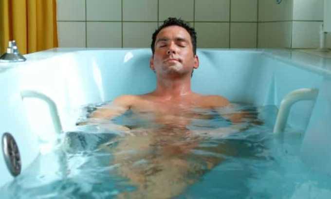 Горячие ванны способны негативно повлиять на репродуктивную функцию мужчины