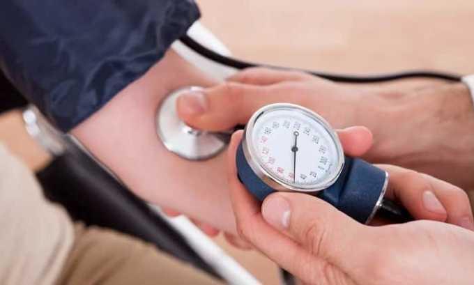 Повышение давления - побочная реакция на прием средства Диклофенак