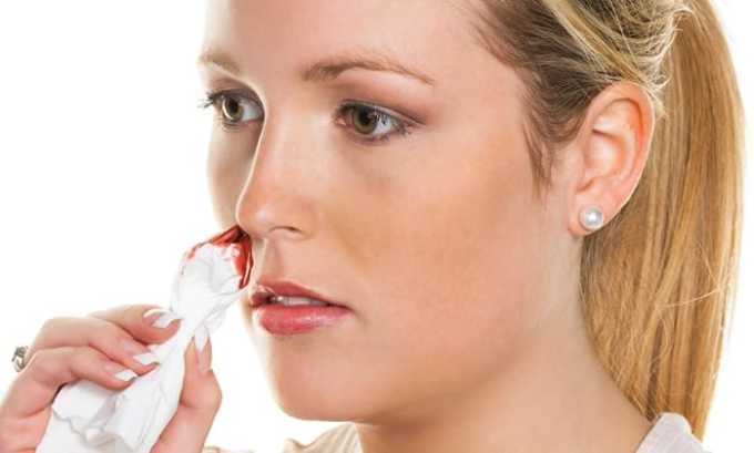 При приеме Аспирина с дозировкой 100 или 300 мг могут возникать побочные явления как кровотечение из носа