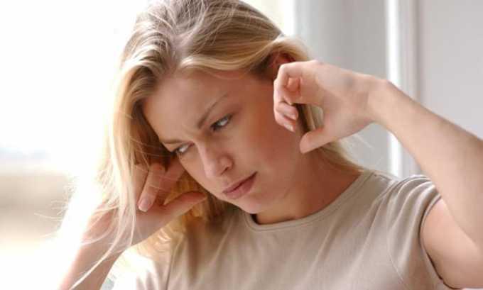 При приеме Вольтарена могут возникать негативные последствия в виде шума в ушах