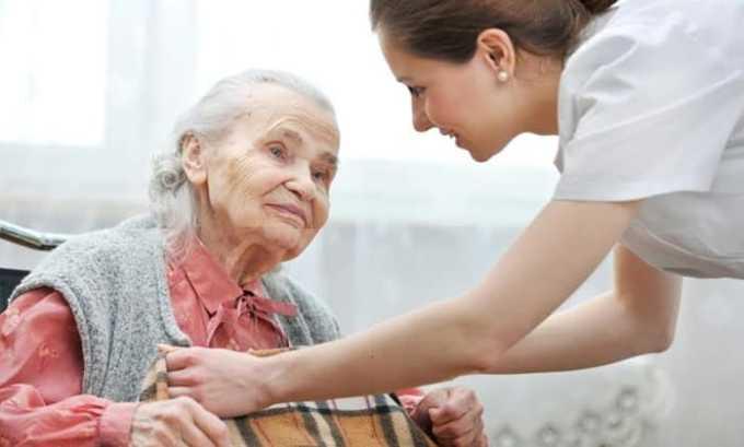 Леволет с осторожностью применяют для лечения пожилых людей