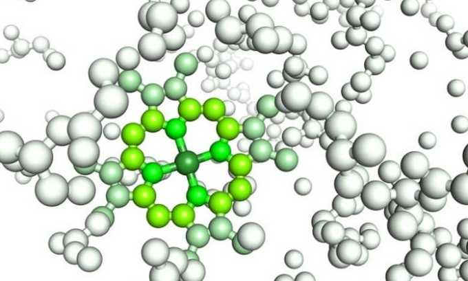 Под действием препарата происходит угнетение активности ангиотензинпревращающего фермента, который влияет на сужение просвета сосудов