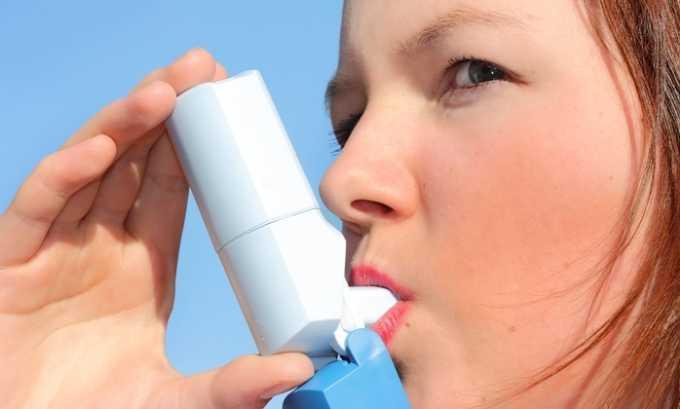 При тяжело протекающей бронхиальной астме рекомендован Полькортолон