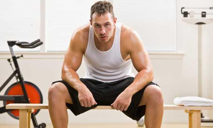 Главными причинами выделения остатков урины у мужчин являются высокие физические нагрузки