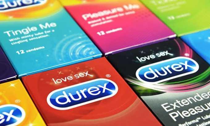 Нужно пользоваться презервативом, чтобы не нарушить микрофлору и избежать половых инфекций