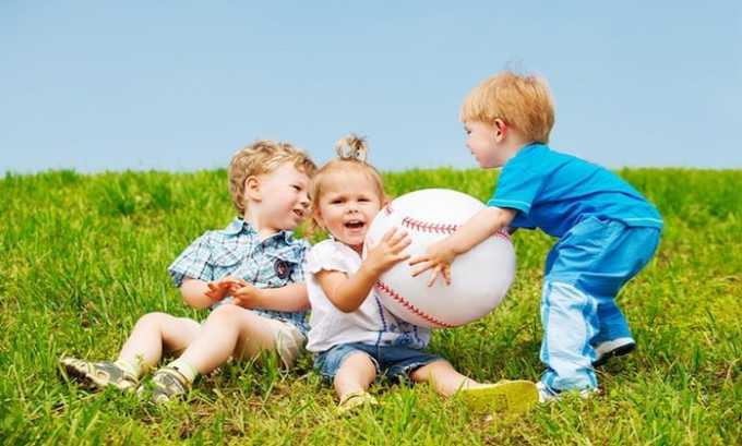 Для снижения эмоционального напряжения Глицин и Тенотен можно назначать детям