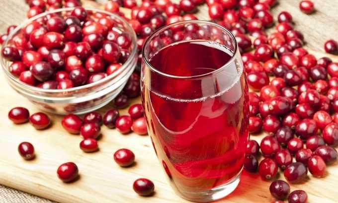 Клюквенный сок в сочетании с медом помогает снять воспаление при цистите