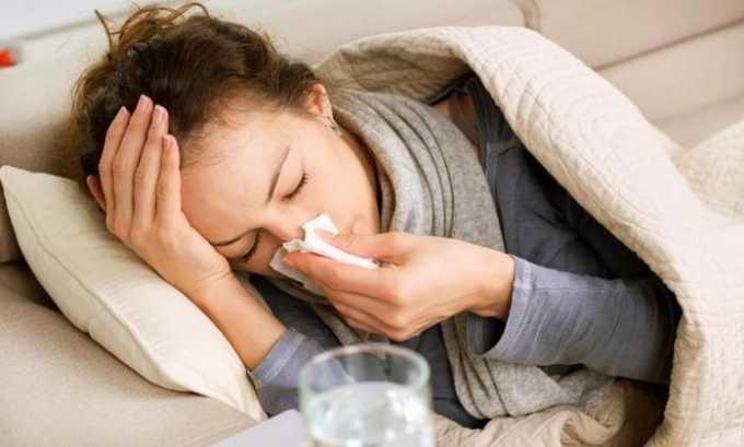 Из-за снижения иммунитета на фоне переохлаждения возникает цистит и молочница