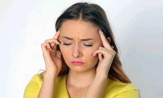 Прием Гидрокортизона в таблетках или инъекциях может вызвать множество побочных реакций организма, среди которых головная боль
