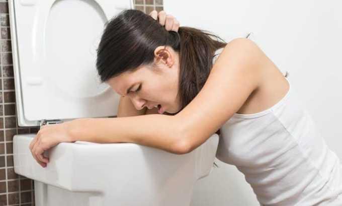 Препарат может спровоцировать побочную реакцию в виде тошноты
