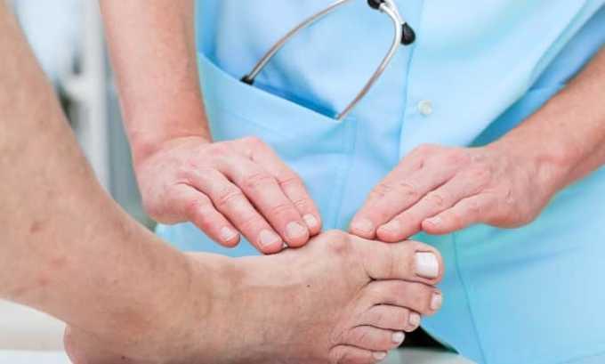 Вольтарен снимает отечность и развитие воспалительного процесса в суставах