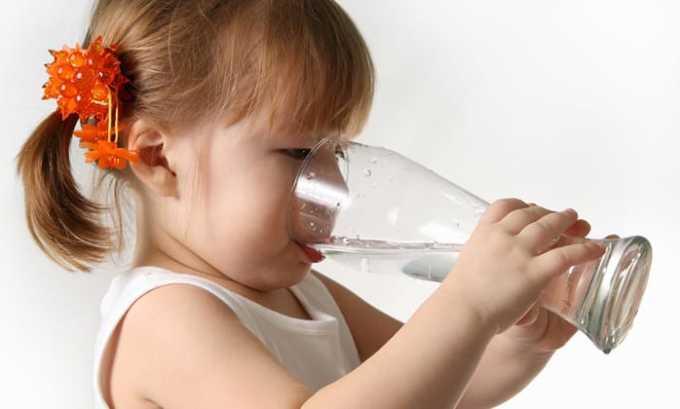 За один прием допускается выпивать при возрасте 5-8 лет - 50-100 мл воды