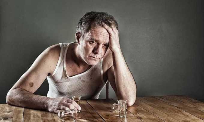 Алкоголизм - одно из показаний к применению препарата