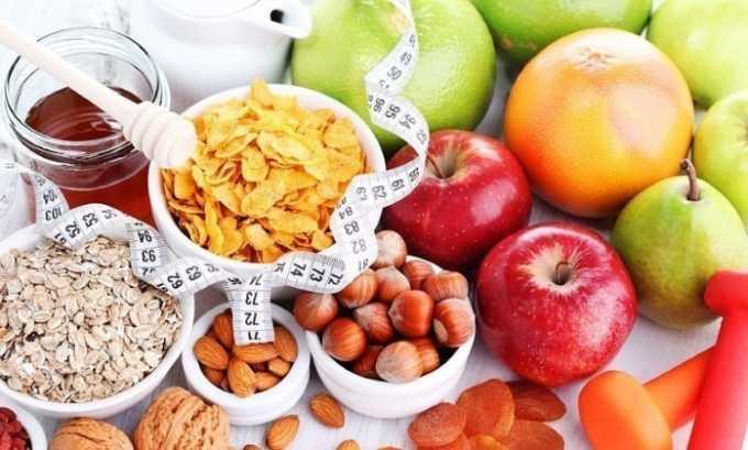 В течение нескольких дней перед процедурой нужно придерживаться строгой диеты