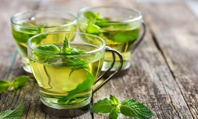 Мятный чай при цистите пьют 3 раза в день по 1 стакану
