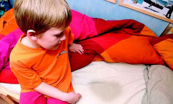 Энурез служит признаком воспаления мочевого пузыря у малышей