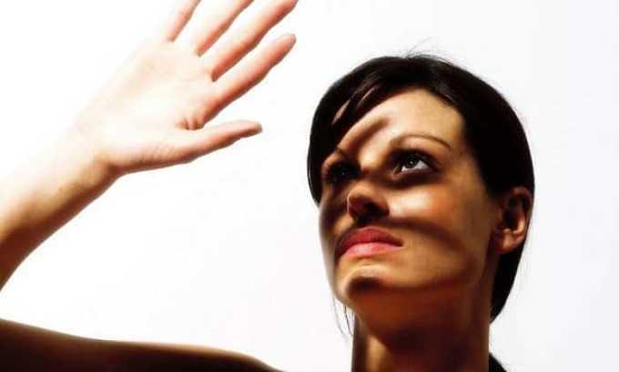 Побочным действием может быть повышение чувствительности к свету