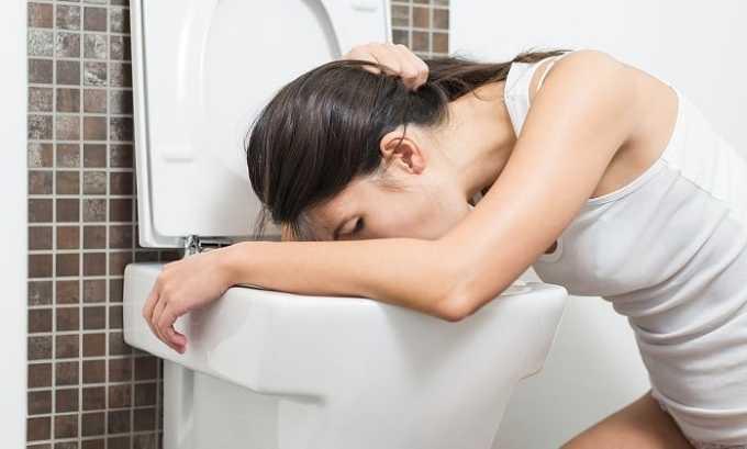 Рвота - одна из побочных реакций на прием препарата