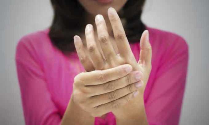 Препарат может вызывать побочный эффект в виде онемения конечностей