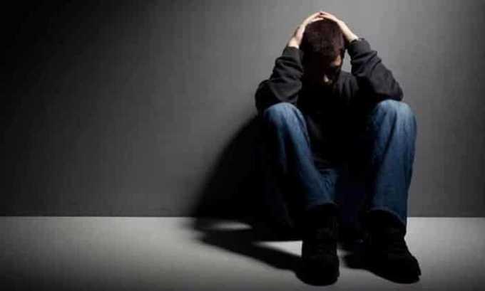 Препарат применяют для лечения депрессивного состояния