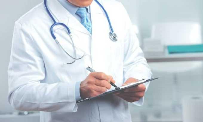 Комплексное лечение вирусных инфекций показано детям и взрослым, но дозировку действующих веществ устанавливает врач
