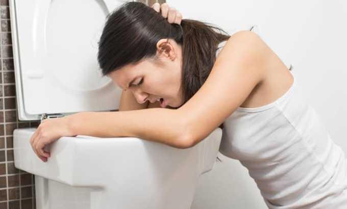 Употребление большой дозы препарата может спровоцировать тошноту и рвоту