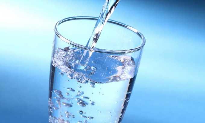 Суточный объем жидкости должен быть 1,5-2 л