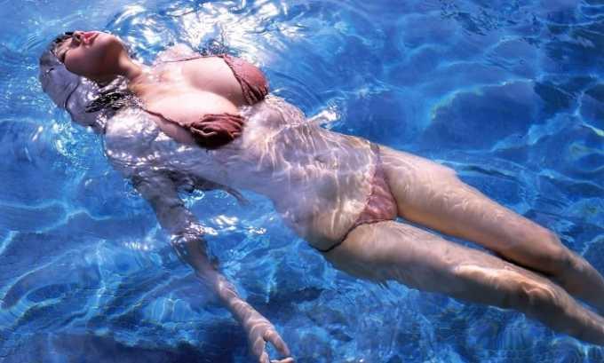 Во время нахождения в бассейне (в резервуаре с водой) нельзя мочиться