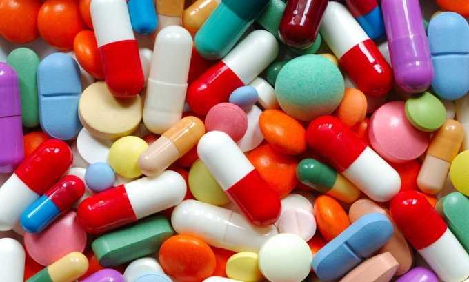 Курс лечения включает в себя: прием лекарственных средств