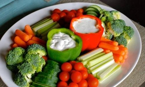 Во время лечения и в течение двух-трех недель после исчезновения симптомов необходимо придерживаться диеты
