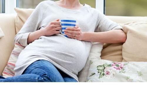 Для беременных противопоказаны травы с абортивным действием