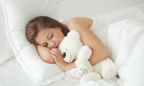 Доктор советует соблюдать постельный режим и избегать сильных физических нагрузок
