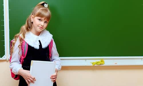 Спровоцировать истощение организма у девочки может учеба