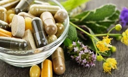 Медикаментозная терапия интерстициального цистита включает прием лекарств растительного происхождения
