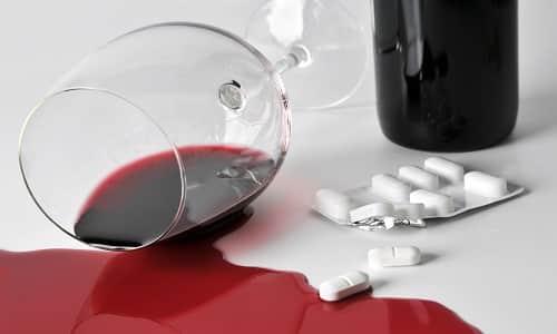 Использование Флексида вместе с алкоголем не рекомендуется