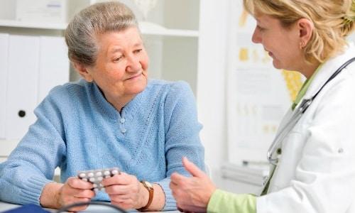 Если нужно принимать несколько медикаментов сразу, важно сообщить об этом лечащему врачу
