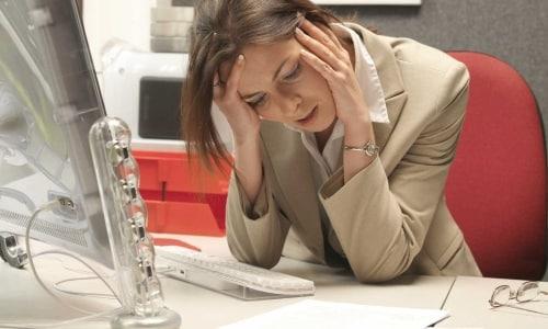 Во время лечения раствором Диклофенака следует ограничить занятия деятельностью, требующей повышения концентрации внимания