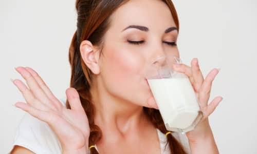 Увеличивается риск развития гиперкалиемии при совместном приеме с молоком