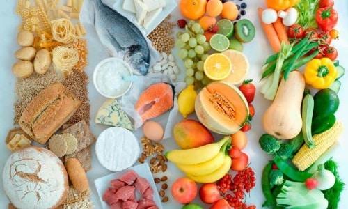 В период лечения препаратом необходимо придерживаться правильного питания, чтобы ускорить выздоровление