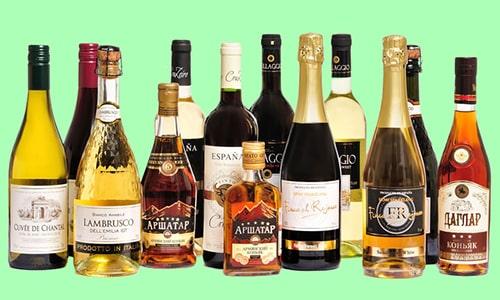 В период медикаментозного лечения запрещается употреблять алкогольную продукцию