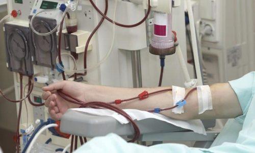 При появлении угнетенного дыхания необходимо аппаратное очищение крови (гемодиализ)