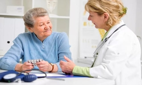 У лиц престарелого возраста не требуется индивидуальная корректировка доз