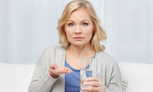 Таблетки Оспамокса принимаются до еды, запиваются большим количеством воды